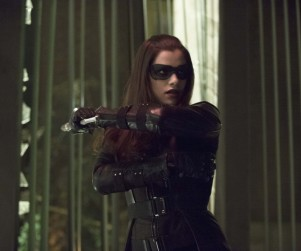 Arrow Picture Preview: Canary vs. The Huntress!