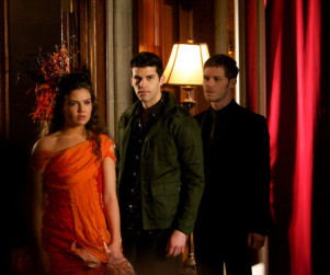 The Originals Photo Gallery: Who's Making a Deal?
