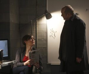 The Blacklist Photo Preview: A Suicide Bomb, A Gun and A Hostage