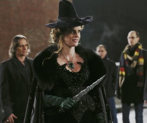 "Once Upon a Time Exclusive: Rebecca Mader Teases Trip to Oz, A ""Bonkers"" Finale"