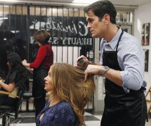 Modern Family: Watch Season 5 Episode 19 Online