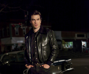 The Vampire Diaries Spoilers: Ghost Villains, Traveler Threats & Three Real Deaths