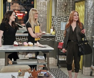 2 Broke Girls: Watch Season 3 Episode 21 Online