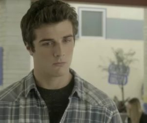 Awkward: Watch Season 4 Episode 1 Online