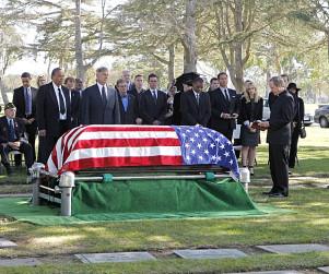 NCIS Season Finale Pics: Honoring Thy Father