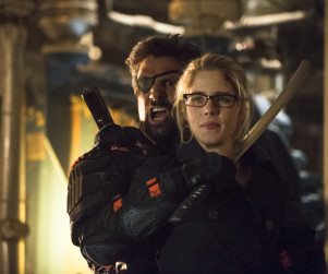 Arrow: Watch Season 2 Episode 23 Online