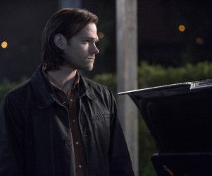Supernatural Spoilers: Jared Padelecki Teases Flashbacks, Demon Dean & More