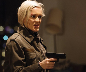 Continuum: Watch Season 3 Episode 8 Online