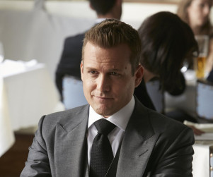 Suits Review: Coming To You Now