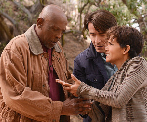 Extant Review: Captured