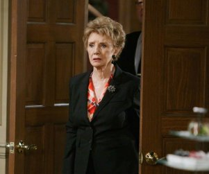 Days of Our Lives Recap: The Cupcake Baking Whore