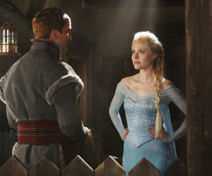 Elsa on Once Upon a Time: First Look!