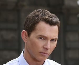 Shawn Hatosy Talks Love, Sharing and Sex on Patrol Cars in Reckless