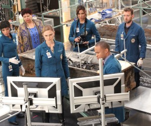 Bones Season 10 Premiere Picture Preview: Doing Time