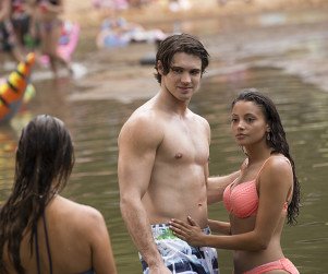 The Vampire Diaries Photo Preview: Bringing Back the Fun