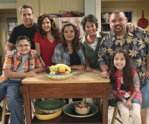 Cristela Season 1 Episode 1 Review: Pilot