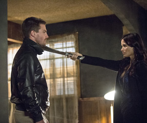Arrow: Watch Season 3 Episode 4 Online