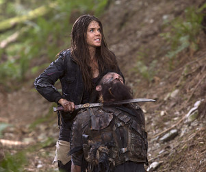 The 100 Season 2 Episode 2 Review: Inclement Weather