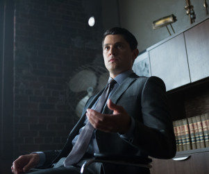Gotham: Watch Season 1 Episode 9 Online