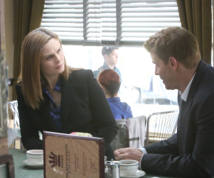 Bones Picture Preview: Is James Aubrey Hiding Something?