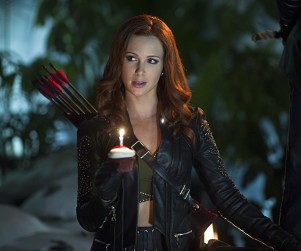 Arrow Season 3 Episode 7 Picture Preview: Love Is In The Air