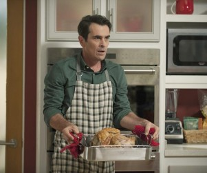 Modern Family Season 6 Episode 8 Review: Three Turkeys