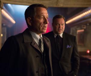 Gotham Season 1 Episode 10 Promo: On the Run