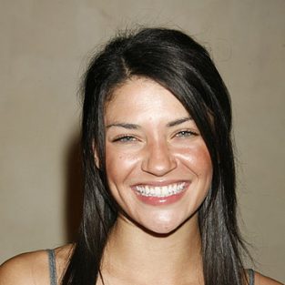 Jessica Szohr Joins Gossip Girl Cast