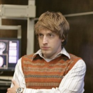 Fran Kranz Dishes on Dollhouse Doll Downloading