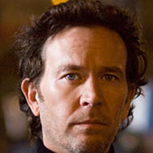 Timothy Hutton Previews Season Finale of Leverage
