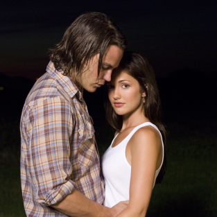 Minka Kelly to Reappear on Friday Night Lights