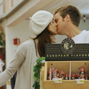 Kate Walsh & Alex Young: A Grocery Store PDA