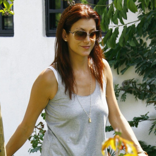 Kate Walsh: Flower Child