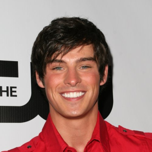 Adam Gregory, Dreamy Eyes to Return to 90210