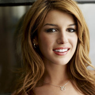 Discuss Series Premiere in Our 90210 Forum!