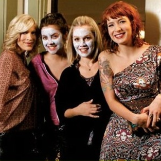 Coming to 90210: Tori Spelling and the Prom!