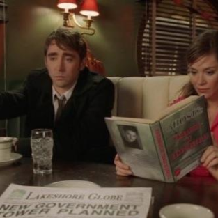 Lee Pace and Anna Friel: Talking, Not Touching