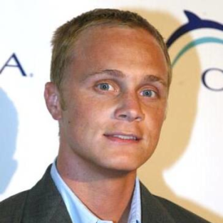 David Anders to Play Uncle Gilbert on The Vampire Diaries