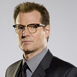 Jack Coleman Previews Tonight's Episode, Fugitives Volume