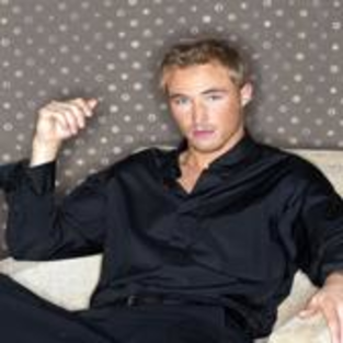 Happy Birthday, Kyle Lowder!