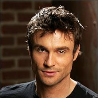 Daniel Goddard to Race for Charity