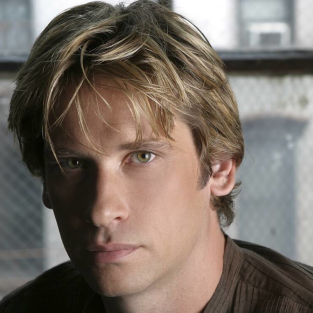 Roger Howarth to Recur on Californication Season 7