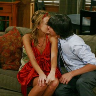An As the World Turns Spoiler Pic: Parker and Liberty Kiss!