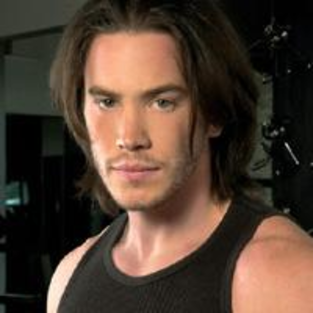 Tom Pelphrey Coming Back to Guiding Light