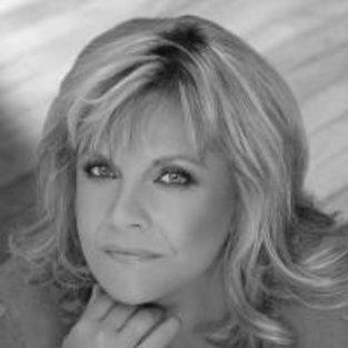 Kim Zimmer Speaks on Guiding Light Role