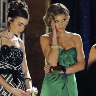"90210 Photos from ""Zero Tolerance"""
