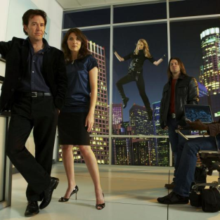 Season Two of Leverage: Reunions, Revenge, Relapses!