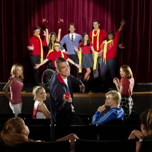 Glee Cast Spills Season One Secrets