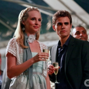 Vampire Diaries: Another New Clip, Interview with Candice Accola