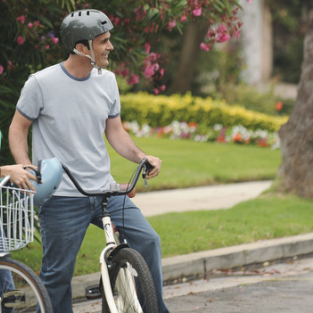 "Modern Family Recap: ""The Bicycle Thief"""